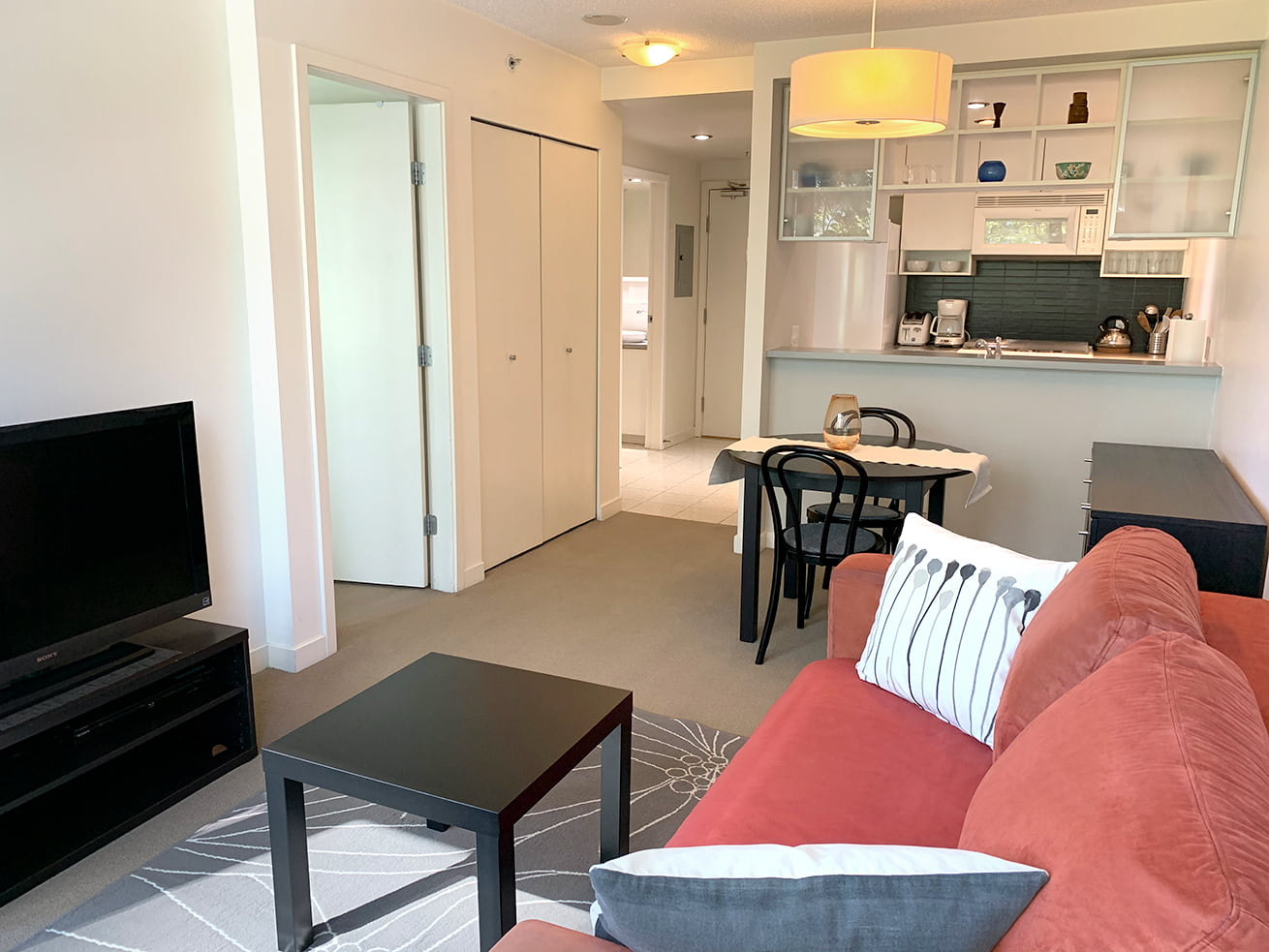 Vancouver downtown apartment max one bedroom den dining room
