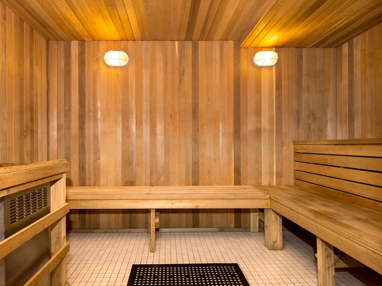 Vancouver downtown apartment max sauna steam room