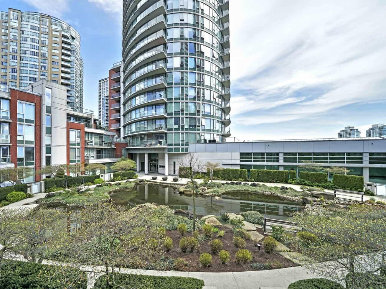 Vancouver vacation rentals firenze garden oasis