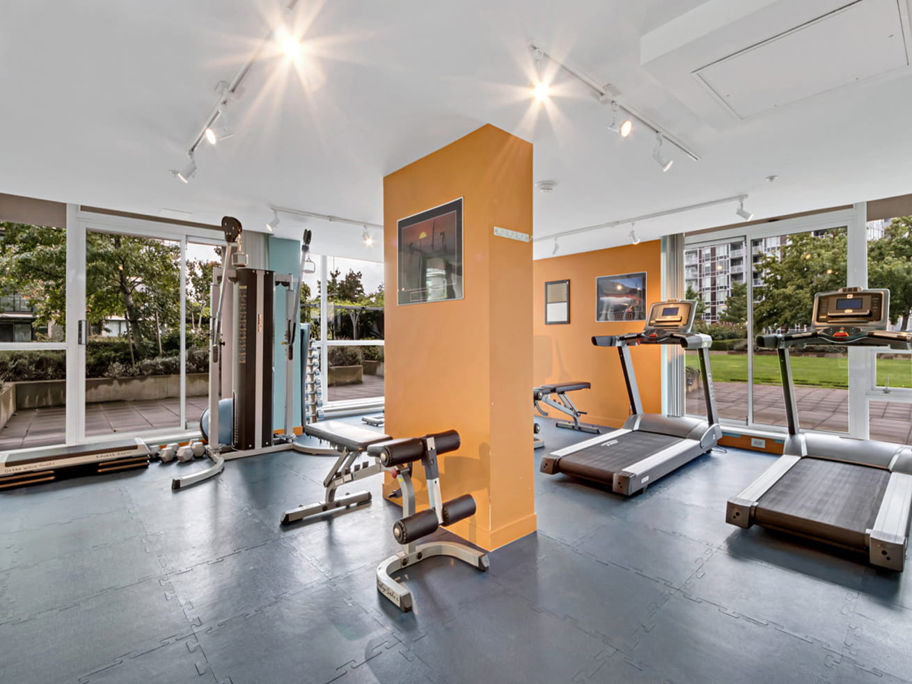 Richmond apartment oceanwalk fitness facility