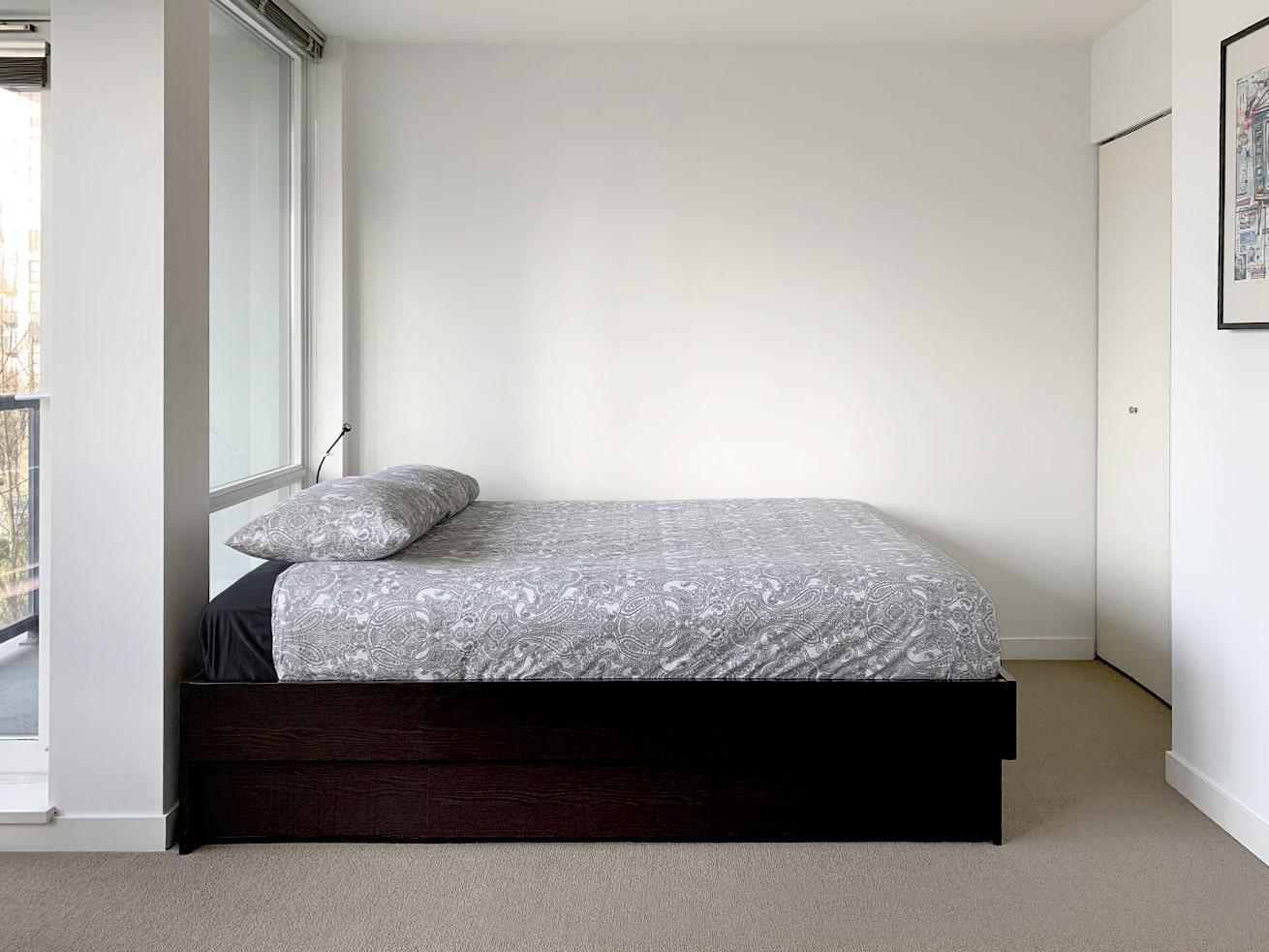 Yaletown apartment rentals max studio den sleeping area