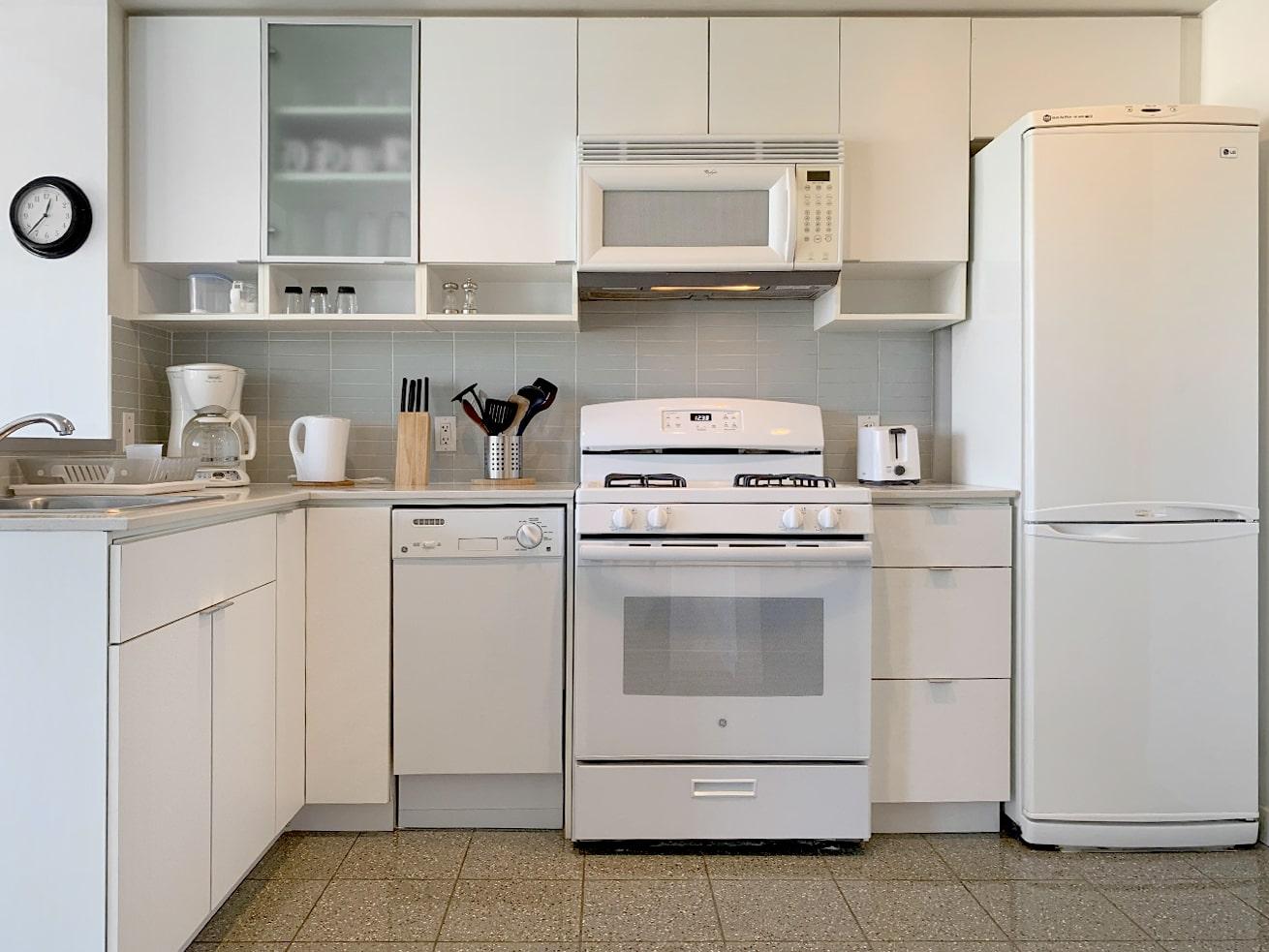 Vancouver apartment rentals max studio den kitchen
